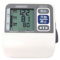 欧姆龙电子血压计HEM-6207家用手腕语音量血压仪器 标配  新品上市