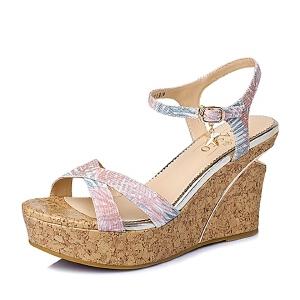 BASTO/百思图夏季专柜同款印花布坡跟女凉鞋TG505BL6