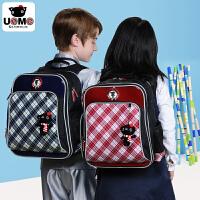 台湾unme正品儿童双肩包减负护脊背包 小学生书包男女1-4年级防水多分层 包邮